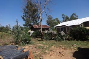 The Water Project: Murumba Community, Muyokani Spring -  No Clothesline