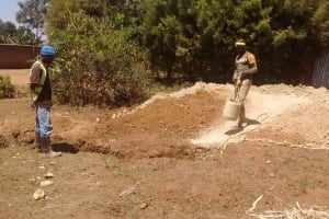 The Water Project: Rosterman Secondary School -  Sinking Pits