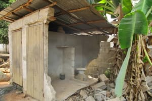 The Water Project: Malokoh Community, #4 Mabesseneh Road -  Unrepaired Latrine