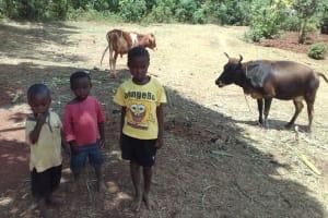 The Water Project: Wanzuma Community, Wanzuma Spring -  Children