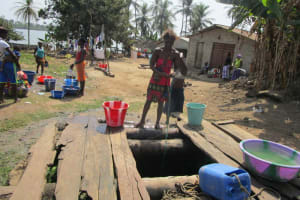 The Water Project: Rogbere Community -  Unprotected Well