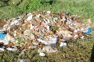 The Water Project: Iyenga Primary School -  Garbage Site
