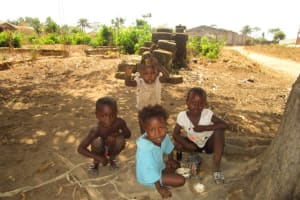 The Water Project: New London Community, Magburaka Road -  Community Activities