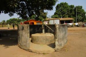 The Water Project: Kasongha Community, 16 Komrabai Road -  Seasonal Well