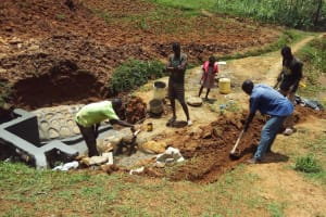 The Water Project: Shitaho Community B, Isaac Spring -  Committee Helping Dig Trenches