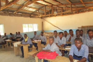 The Water Project: Gbaneh Bana SLMB Primary School -  Students In Class