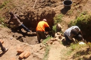 The Water Project: Shitoto Community, Abraham Spring -  Construction
