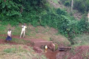 The Water Project: Katugo I-Alu Community -  Spring