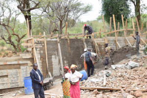 The Water Project: Nzung'u Community B -  Construction