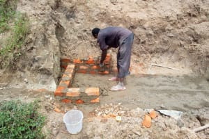 The Water Project: Mukhuyu Community, Shikhanga Spring -  Construction