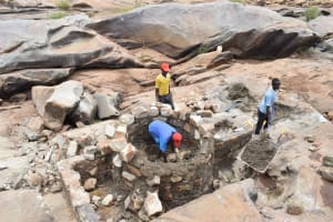 The Water Project: Kasioni Community A -  Building The Well