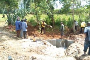 The Water Project: Futsi Fuvili Community, Patrick Munyalo Spring -  Construction