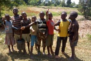 The Water Project: Futsi Fuvili Community, Patrick Munyalo Spring -  Onlookers