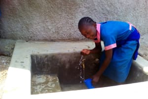 The Water Project: Shiyunzu Primary School -  Clean Water