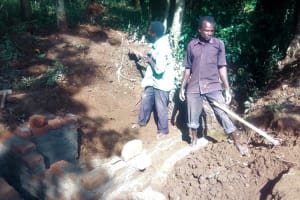 The Water Project: Irenji Community, Shianda Spring -  Spring Construction
