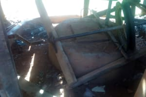 The Water Project: Emmaloba Primary School -  Broken Well