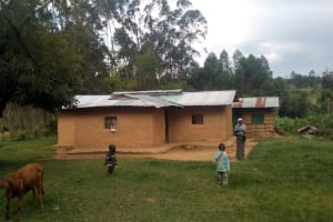 The Water Project: Maganyi Community, Bebei Spring -  Household