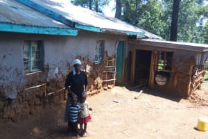 The Water Project: Sharambatsa Community, Mihako Spring -  Esther And Her Children