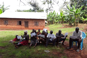 The Water Project: Maiha-Kayanja Community -  Participants Describing What They See In Pictures