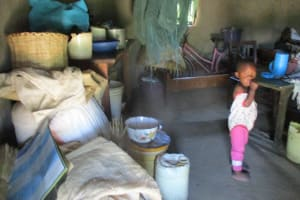 The Water Project: Futsi Fuvili Community, Simeon Shimaka Spring -  In Jacklines Home