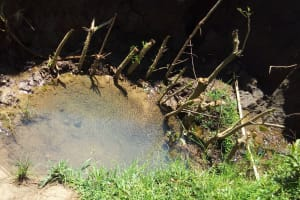 The Water Project: Mbande Community, Handa Spring -  Current Water Source