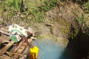 The Water Project: Matsakha Community, Mbakaya Spring -  Fetching Water