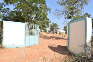 The Water Project: Ndaluni Primary School -  School Gate