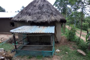 The Water Project: Chegulo Community, Werabunuka Spring -  Chicken Coop