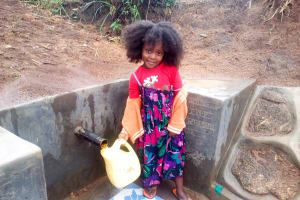 The Water Project: Ikonyero Community, Jesse Spring -  Clean Water