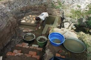 The Water Project: Futsi Fuvili Community, Simeon Shimaka Spring -  Protecting The Spring