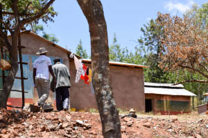 The Water Project: Utuneni Community -  Her Household