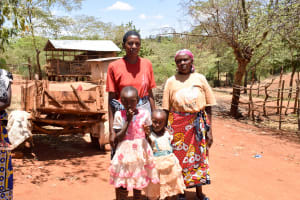 The Water Project: Utuneni Community A -  Esther And Her Family