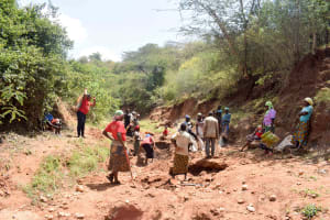 The Water Project: Mbuuni Community B -  Trenching