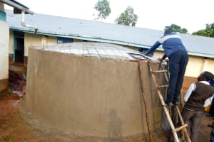 The Water Project: Womulalu Secondary School -  Tank Construction