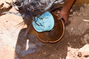 The Water Project: Utuneni Community -  Getting Dirty Water