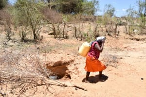 The Water Project: Katung'uli Community C -  Fetching Water