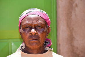 The Water Project: Utuneni Community -  Esther Mutheu