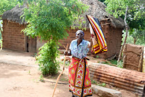 The Water Project: Maluvyu Community C -  Clothesline