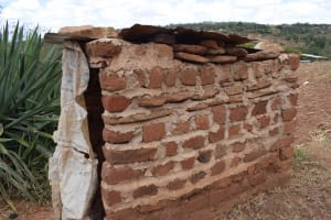 The Water Project: Kithuluni Community B -  Latrine