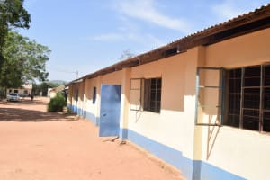 The Water Project: Kitooni Primary School -  School Building
