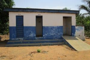 The Water Project: PC Bai Shebora Gbereh III Primary School -  Latrine