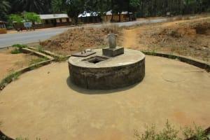 The Water Project: Komrabai Community, 35 Port Loko Road -  Well In Need Of Rehabilitation