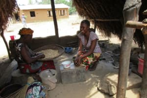 The Water Project: Mapitheri, Port Loko Road -  Food Prep Work
