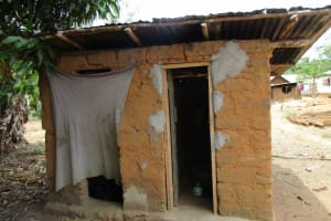The Water Project: Mapitheri, Port Loko Road -  Latrine