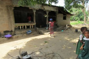 The Water Project: Mapitheri, Port Loko Road -  Household Compound