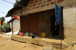 The Water Project: Tintafor Community, Shyllon Street -  Compound