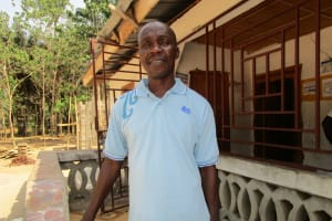 The Water Project: Mondor Community -  Mr Foday M Kamara