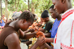 The Water Project: Tulun Community, 10 Tulon Road -  Making Handwashing Stations