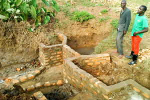 The Water Project: Musango Community, Jared Lukoko Spring -  Spring Protection Construction