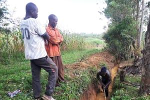 The Water Project: Matsakha Community, Mbakaya Spring -  Digging Drainage